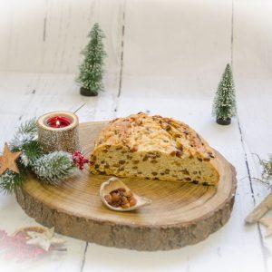 Butter-Rosinenstollen - Hausmacher Art - ungestrichen halb