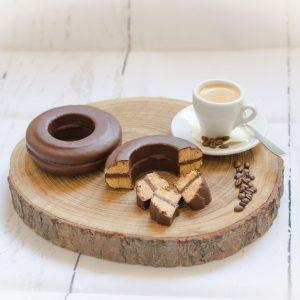 Baumkuchen mit Nougatfüllung und feinster Kuvertüre überzogen